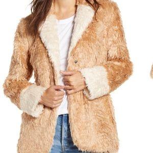 New! Mural Faux Fur Soft Plush Jacket Sz Medium